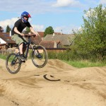 Dirt Bike Park – Race